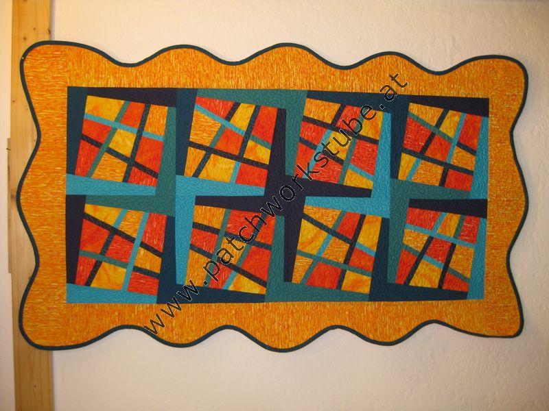 Zauberkachel- Technik, Wandbehang mit gebogenen Rand, Maschine genäht und gequiltet